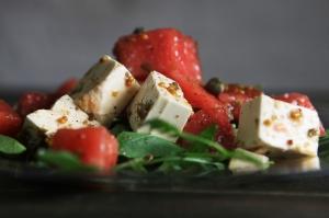 iStock_000054509274XXLarge_Salmon Salad